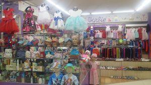 2-р давхар Barbie