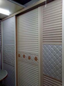 үүдний гүйдэг хаалгатай шкаф