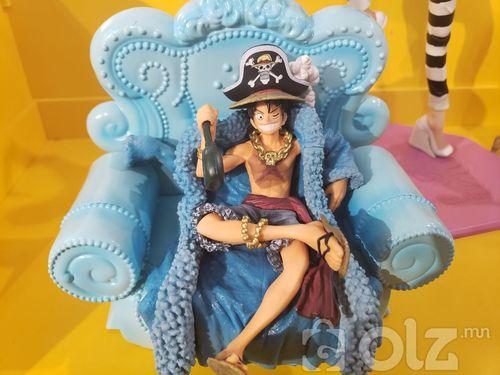 Luffy figurr
