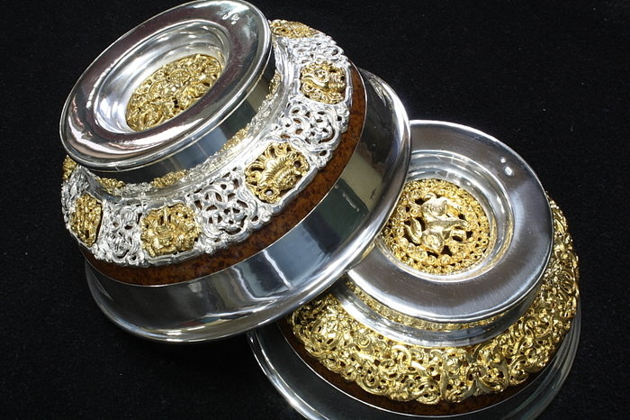 1 давхар Мөнгөн аяга