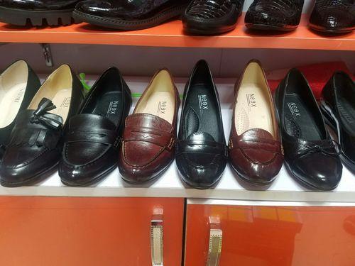 Эмэгтэй ботинк