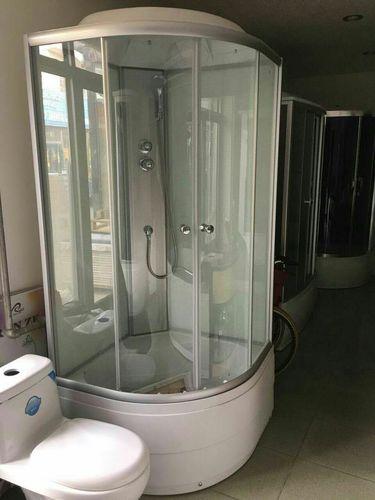 Босоо душ