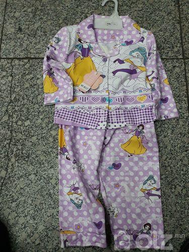 эм унтлагын хувцас