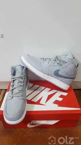 Jordan 1 size 40