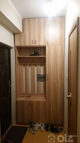 Үүдний шкаф