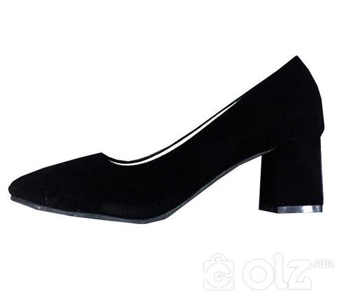 Өсгийтэй гутал