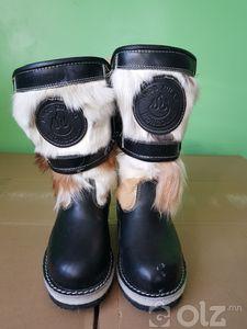 Богино түрийтэй эрэгтэй гутал