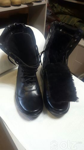 Нэхий дотортой өвлийн гутал