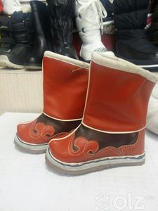 Хүүхдийн Монгол гутал