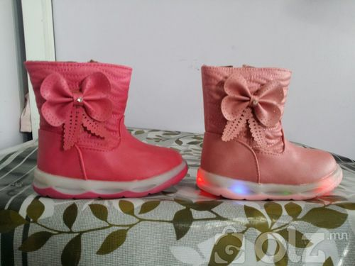 Гэрэлтэй хүүхдийн гутал