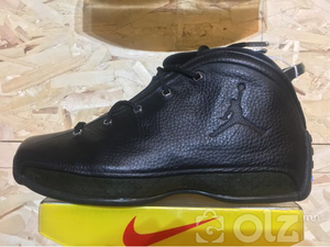 Air Jordan 18.5