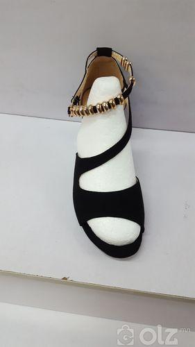 sandaali