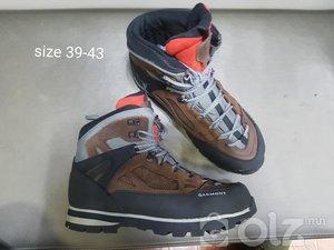 Уулын гутал