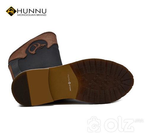 Цэвэр арьсан Хүннү гутал
