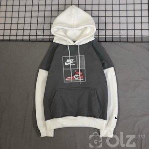 hoodie малгаатай цамц